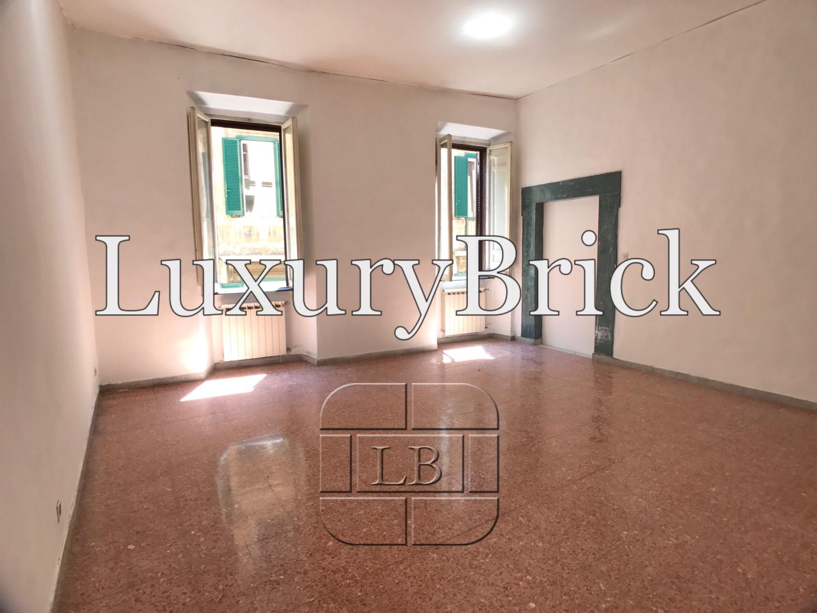 Appartamenti Vendita Roma Appartamento con Terrazzo - Piazza Navona ...