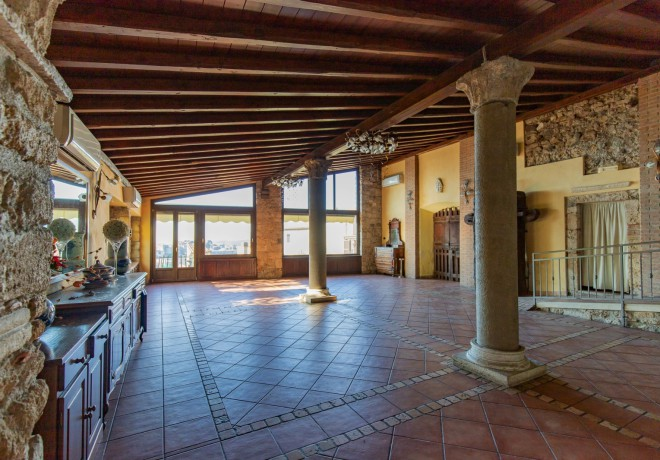 Commercial - Italy - Anagni